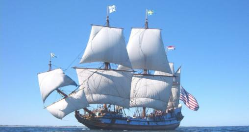 Kalmar Nyckel in sail